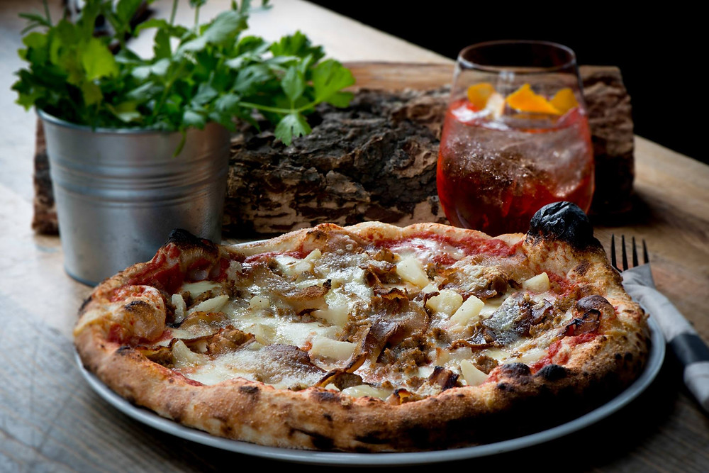 Stonefire Pizza, Cocktails and Italian Food in Kimberley