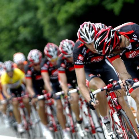 peleton-Bicycle-Race-1024x648_edited.jpg