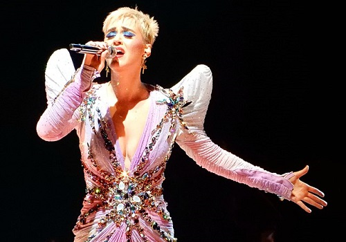 Katy Perry: On Tour with Twitter