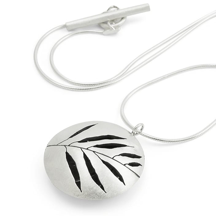 Organically inspired handmade bespoke silver necklace by Birmingham Jewellery Quarter designer Kate Smith