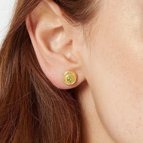 august birthstone peridot and gold small round earrings, by artisan jewellery designer Kate Smith, Birmingham, UK