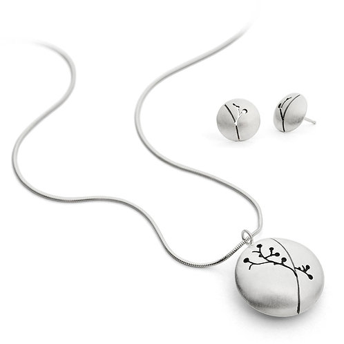 Unique, modern and contemporary silver necklace/pendant and silver earrings by Birmingham jewellery designer Kate Smith.