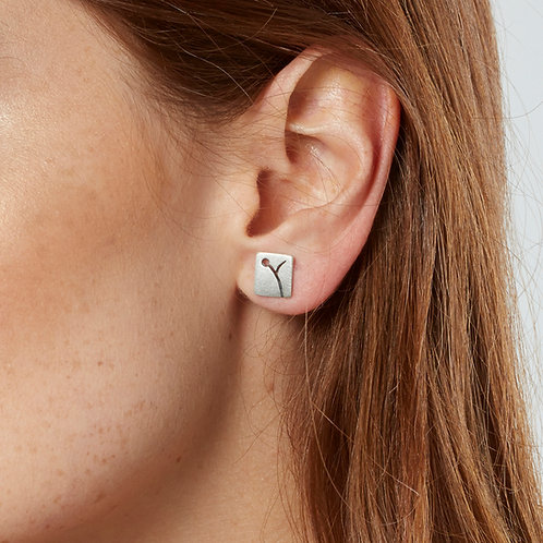 Handmade modern organic square silver earrings with floral patterning. By Kate Smith Jewellery, Birmingham, UK