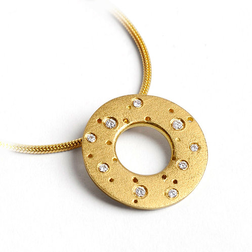Handmade, contemporary and unique 18ct yellow gold diamond necklace, by Kate Smith in Birmingham's Jewellery Quarter.