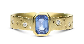 sapphire unique bespoke engagement ring, handmade in Birmingham by Kate Smith Jewellery Design