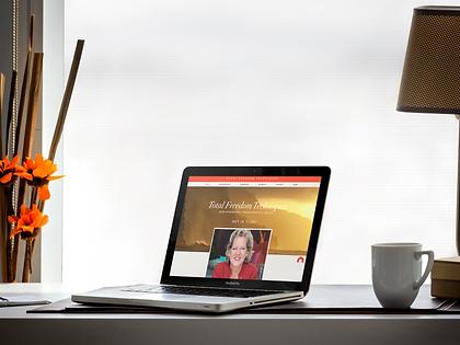 macbook-pro-on-office-desk.png