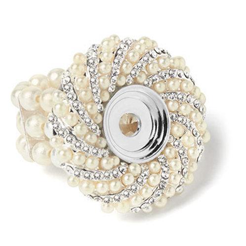 Lotti Dotties Pearl Stretch Ring