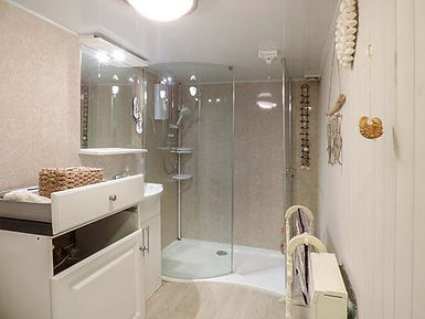 Bathroom, Anchor Cottage, Staithes