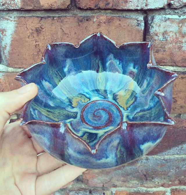 Spiral flower bowl 🌻love these glaze combos💜