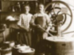 historical image of gelato makers circa 1880