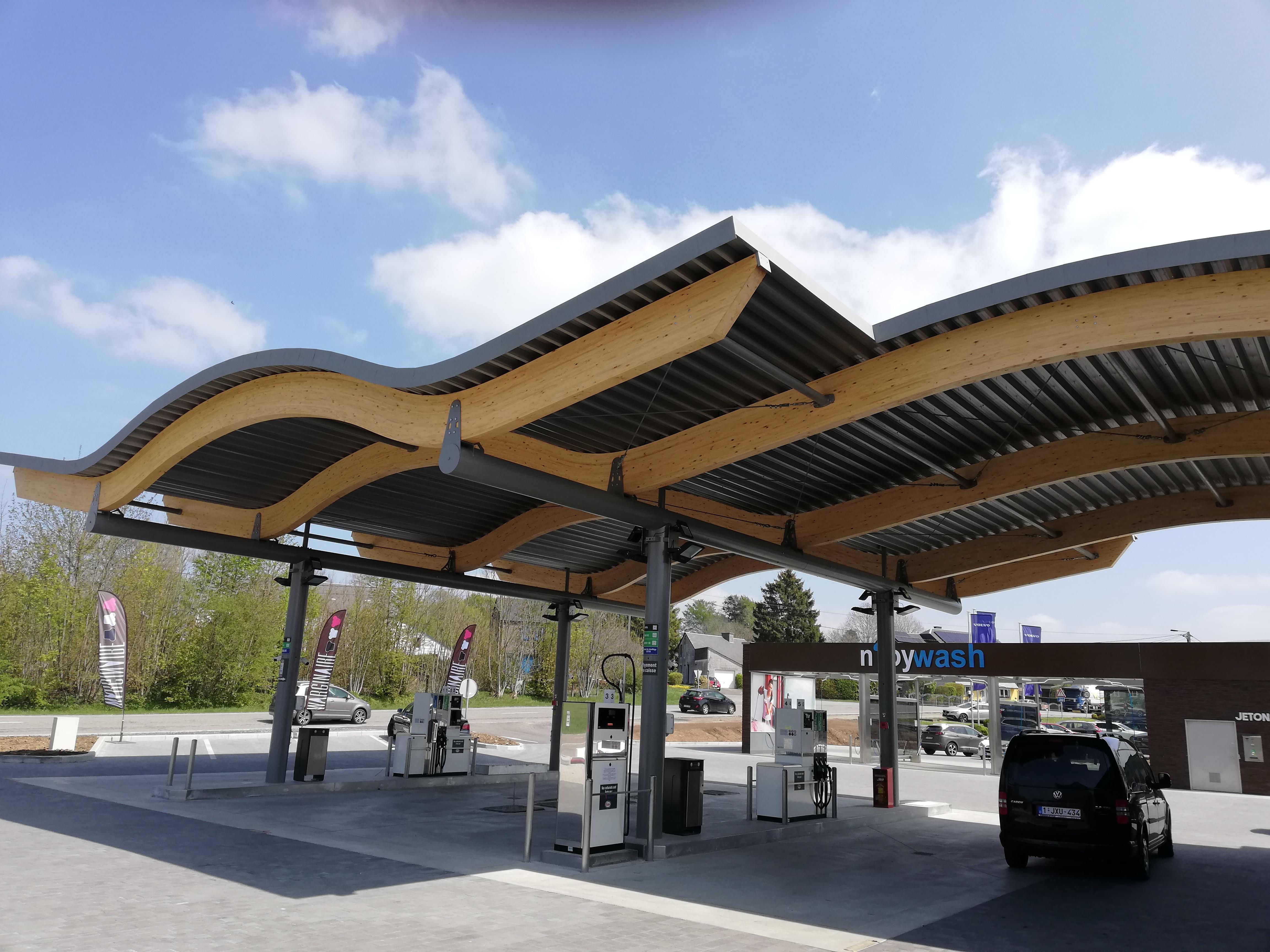 Auvent pour station à essence