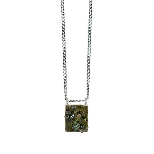 Colar Caixa Retangular Turmalina Verde