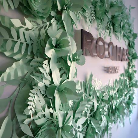 Mural vegetal Rochas Girl