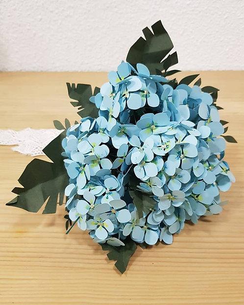 Ramo de hortensias de papel azul