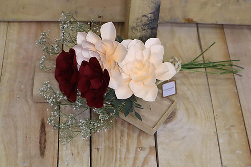 Ramillete de flores de papel de  Toledo