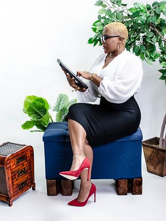 ashawna lane business woman content marketing creator professional