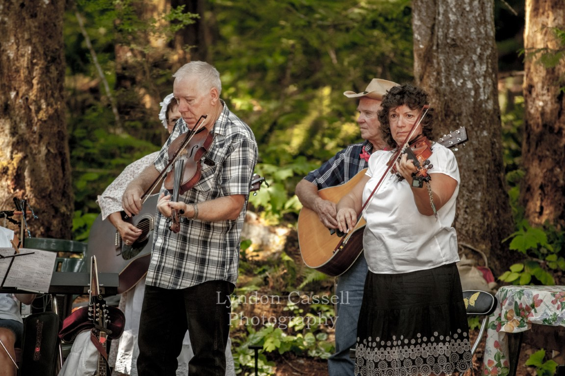 lcp-OLD-TIME-FIDDLERS-2010-5147