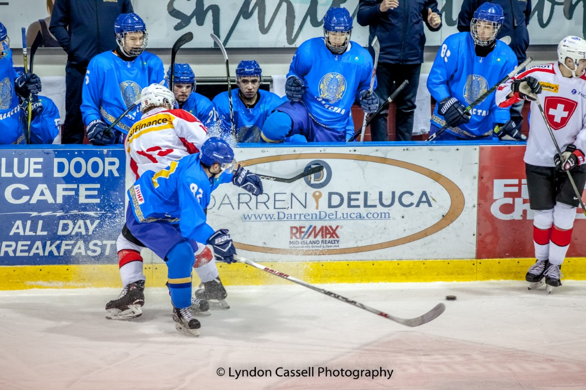 lcp-KAS-SWISS-JR-HOCKEY-0411