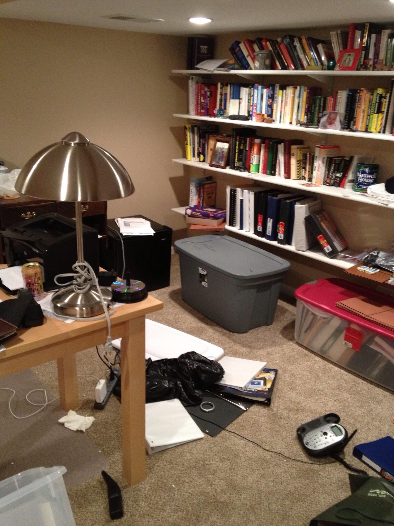 office1_b.jpg