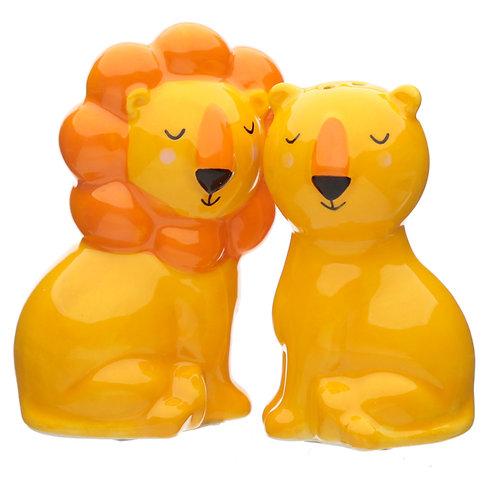 Cute Lion Design Zooniverse Salt and Pepper Set Novelty Gift