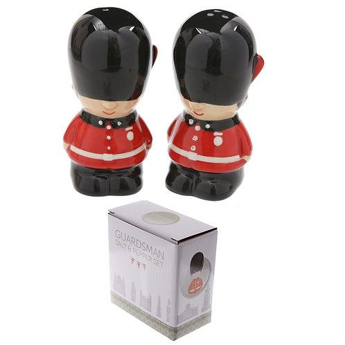 Novelty Guardsman Ceramic Salt and Pepper Set Novelty Gift