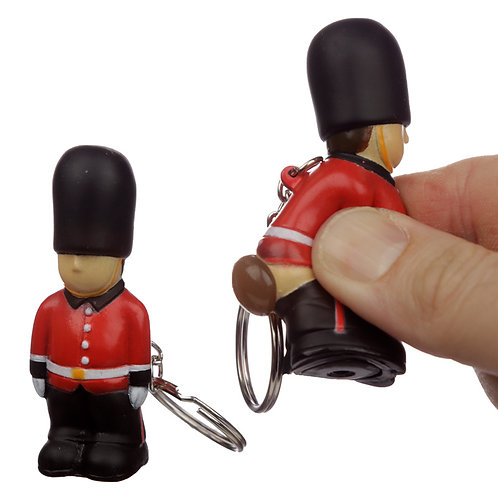 Fun Collectable London Guardsman Pooping Keyring Novelty Gift