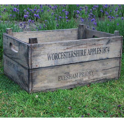 Apple Box 55 x 37 x 24cm Shipping furniture UK