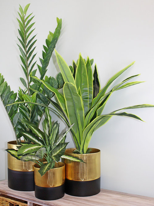 Gold and Black Set Of Three Ribbed Metal Planters Shipping furniture UK