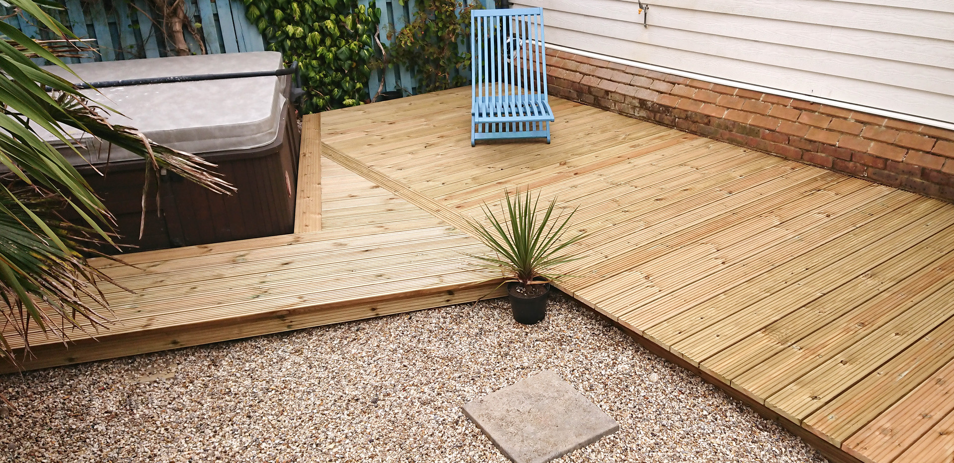 decking for hot tub in small back garden