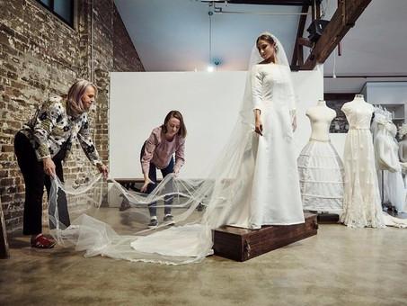 SPOTLIGHT ROYAL WEDDING DRESS