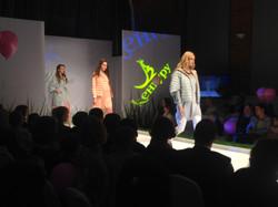 Styling Kenguru for fashion show