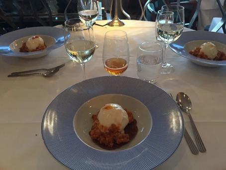 Diner At Eriks Gondolen