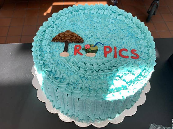 best_crop_9a7543eb973d9cdfe54b_cake.jpg