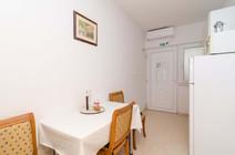 Apartments Feral_3pax (11).jpg