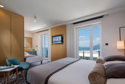 Hotel-Neptun_Premium-Sea-View-Room-with-