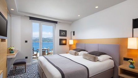 Hotel-Neptun_Premium-Room-Sea-View-with-