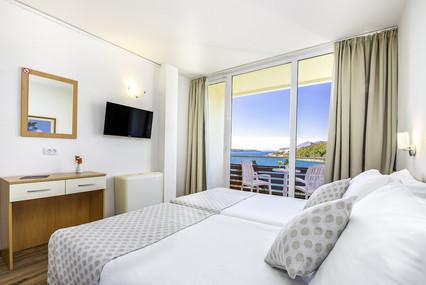 adriatic-hotel-dubrovnik-double-room-bal