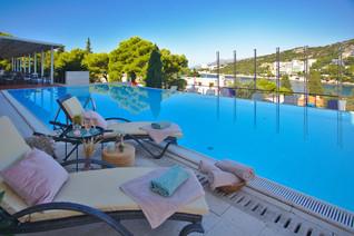 uvala-hotel-dubrovnik-outdoor-pool.jpg