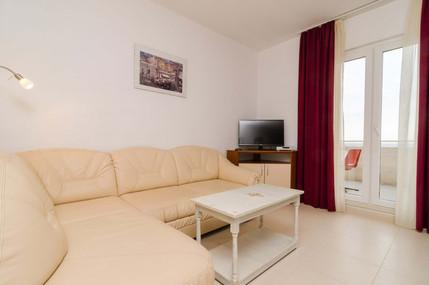 Apartments Feral_5pax (4).jpg
