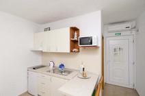 Apartments Feral_3pax (9).jpg