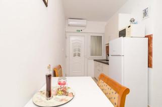 Apartments Feral_3pax (10).jpg