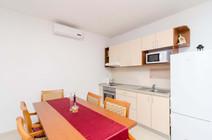 Apartments Feral_5pax (5).jpg