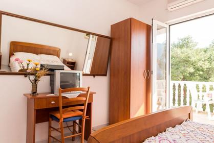 Guesthouse Sobra Mljet_tripleroom (1).jp
