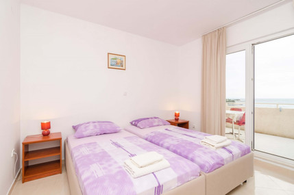 Apartments Feral_3pax (12).jpg
