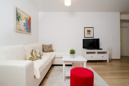 Apartments Carmelitta Ane2 (2).jpg