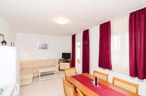 Apartments Feral_5pax (6).jpg
