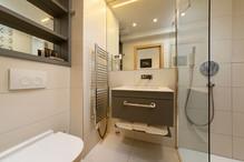 Hotel-Neptun_bathroom_2.jpg