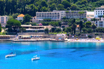 adriatic-beach-bar-sea-boats.jpg