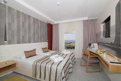 HotelLero_classic (1).jpg