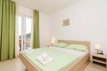 Apartments Feral_3pax (5).jpg